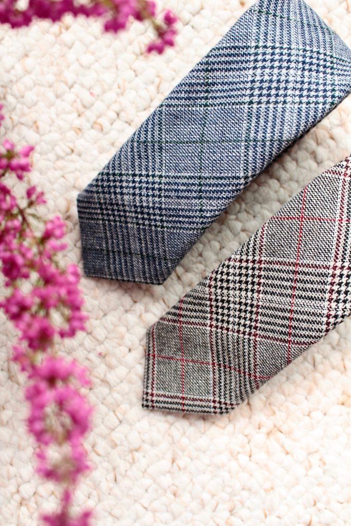 Krawat krata paski