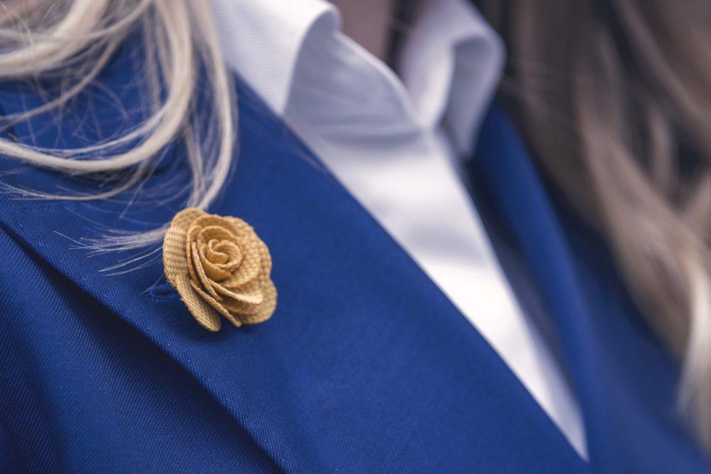 damski-garnitur-dwurzedowy-niebieski-buczynski8