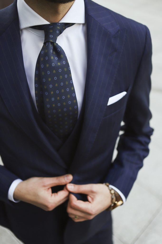 jak-zrobic-pierwsze-wrazenie-garnitury-biznesowe-powersuit11