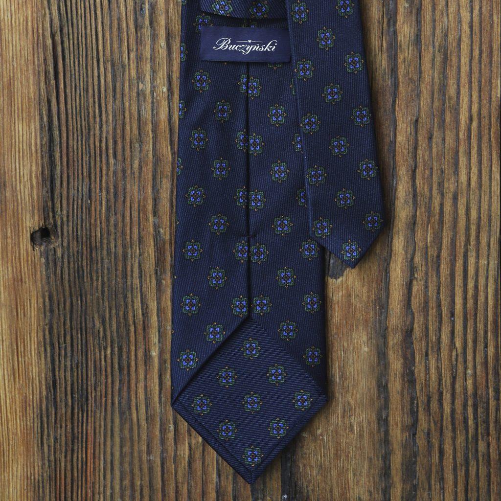 granatowy-krawat-jedwabny-zielone-ornamenty2