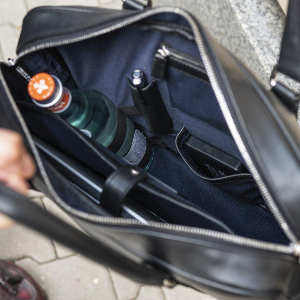 torba-skorzana-czarna-na-laptopa-buczynski5