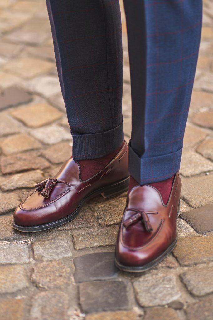 buty-berwick-bordowe-tassel-loafers