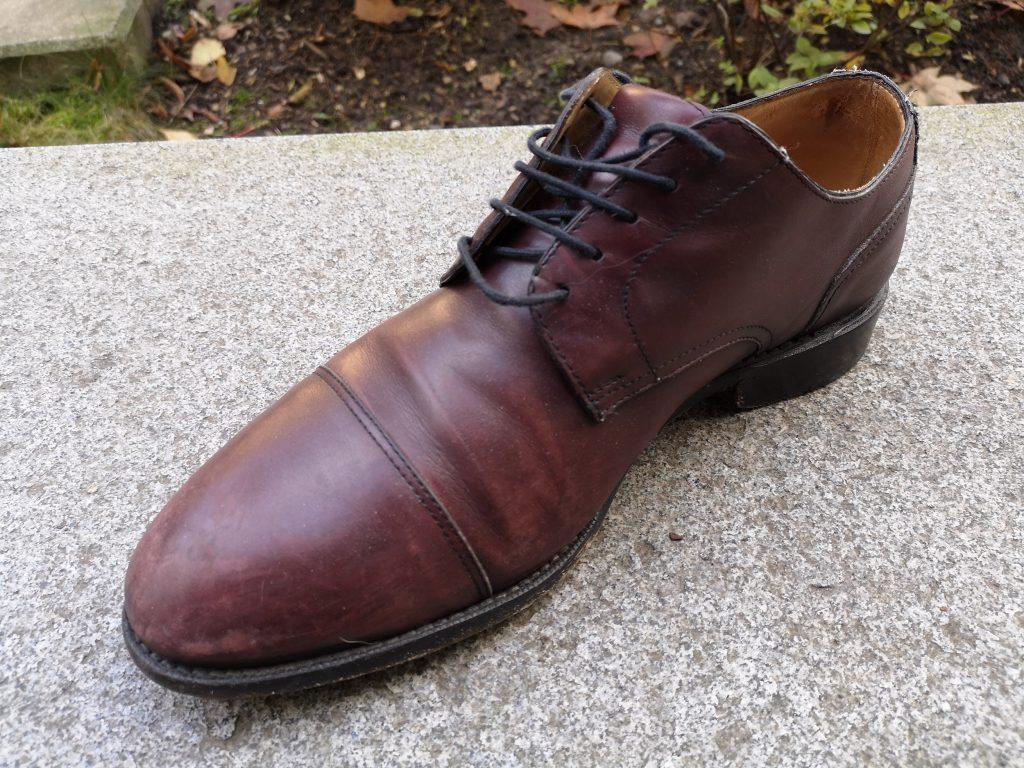 skorzane-buty-przed-renowacja-buczynski1