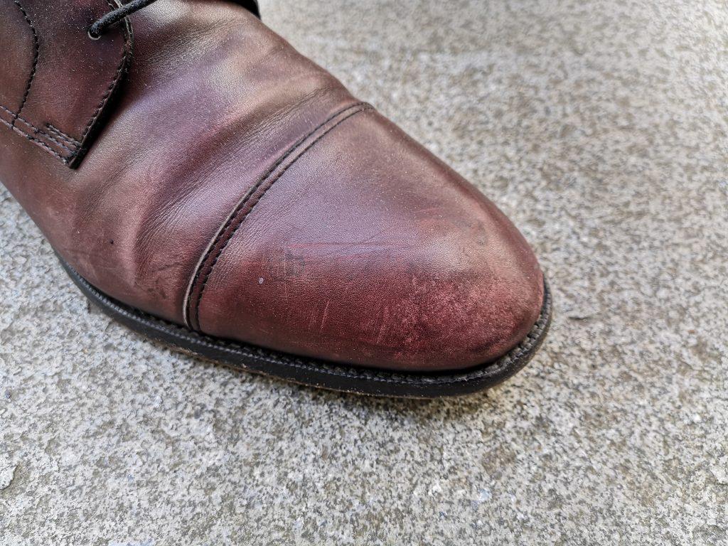 skorzane-buty-przed-renowacja-buczynski2