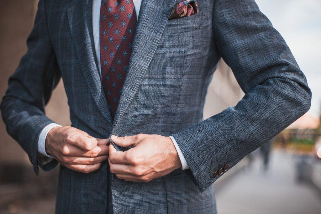 wygodny-niebieski-garnitur-w-krate-boho-biznesowy-19