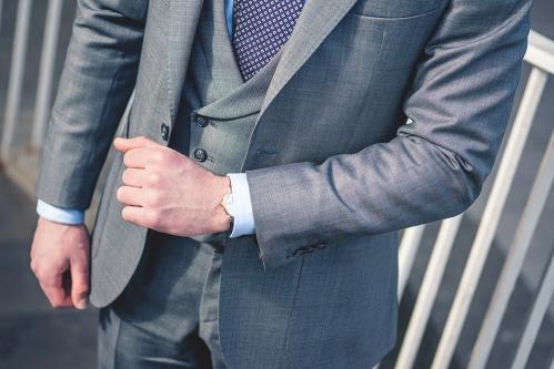 szary-garnitur-do-pracy-biznesowy-buczynski4
