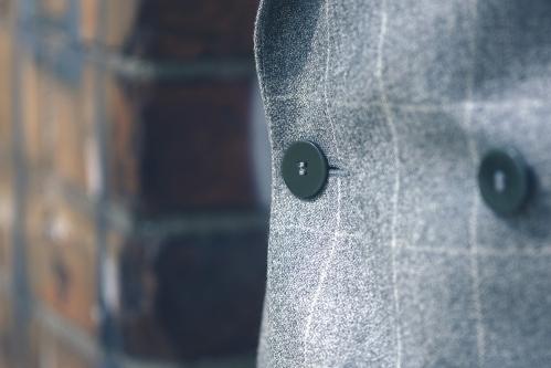 szary-garnitur-flanelowy-dwurzedowy-buczynski4
